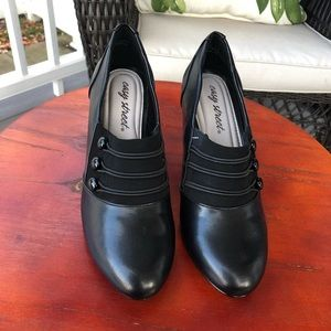 City Streets NWOB Black Heeled Ankle Booties - 7M
